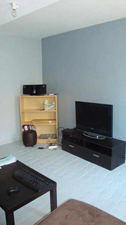 Appartement F1 27,66 m2 - HOUDAN