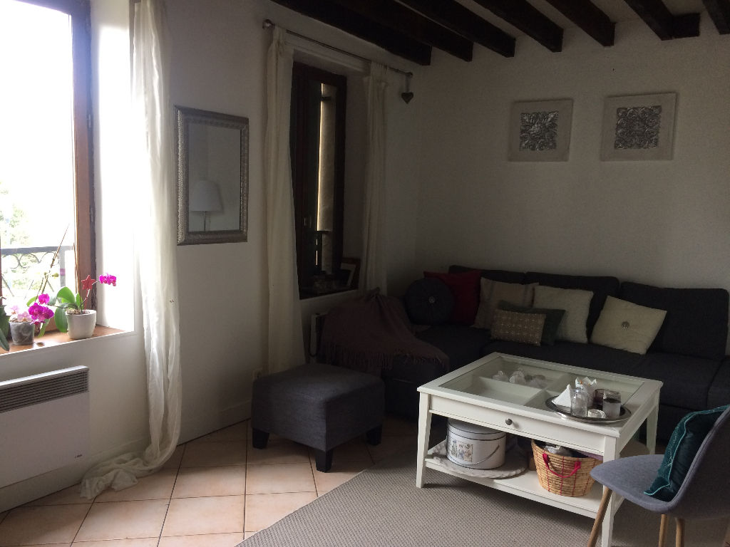 Appartement Houdan 1 pièce(s) 27 m2