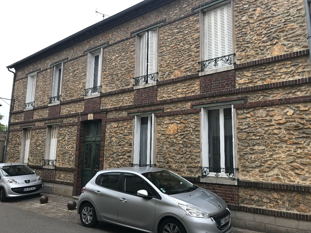 Appartement Houdan 2 pièce(s) 43,72 m2