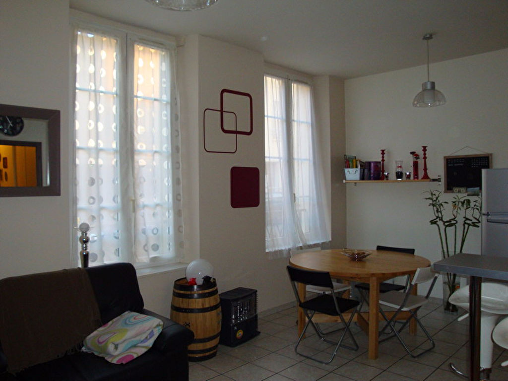 Houdan - Appartement F2  41,12 m2