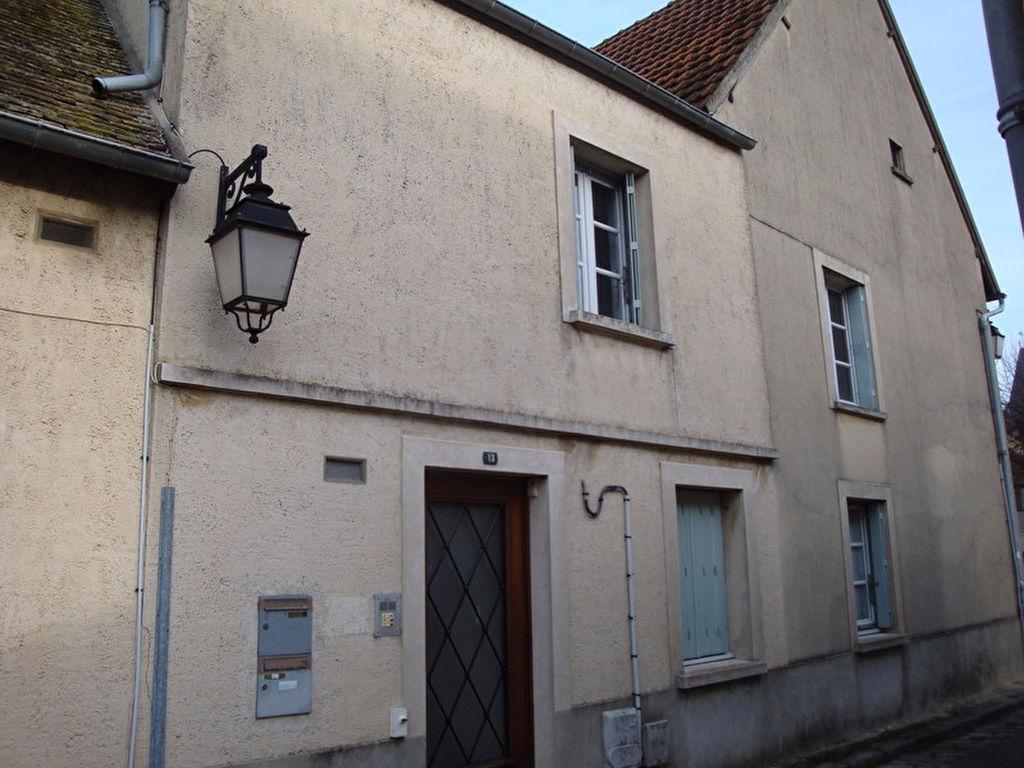 Appartement Houdan 1 pièce(s) 17.85 m2