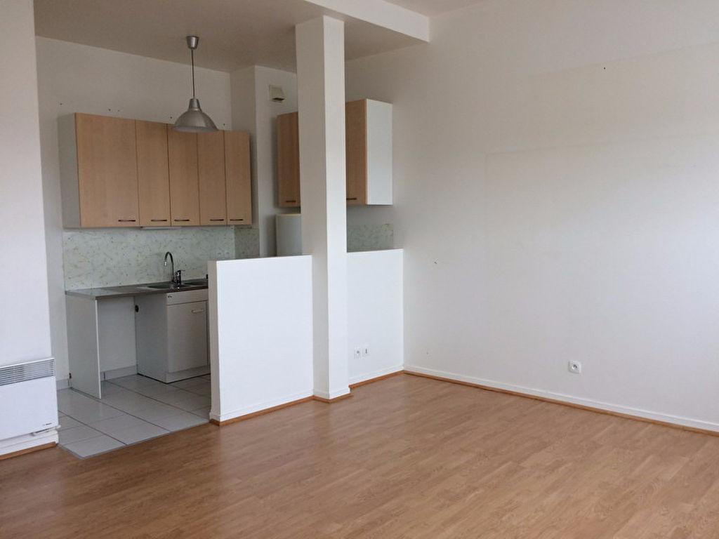 Appartement  2 pièce(s)  au 3ème étage avec ascenseur
