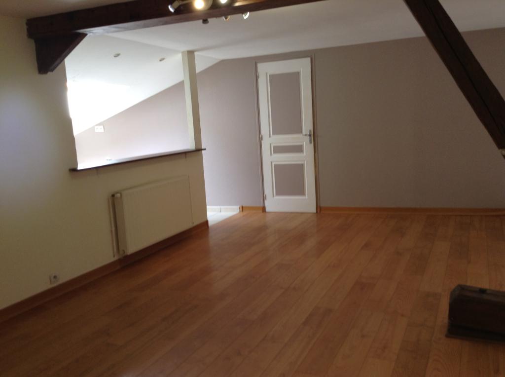 Appartement Houdan 5 pièce(s) 150 m2