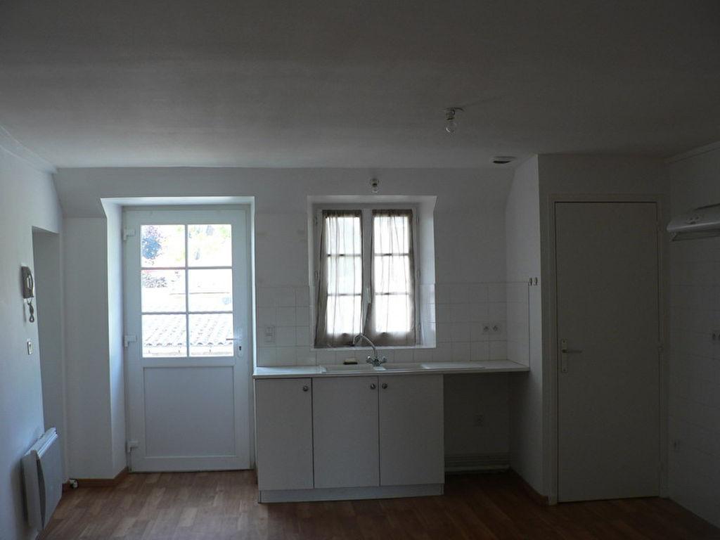 Apt 3 pièce(s) 60.24 m2 -BOURDONNE