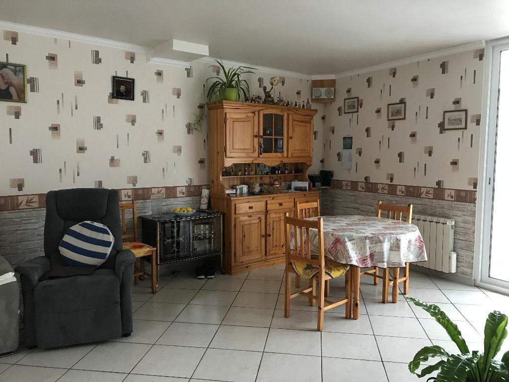 Maison Houdan 4 pièce(s) 77 m2