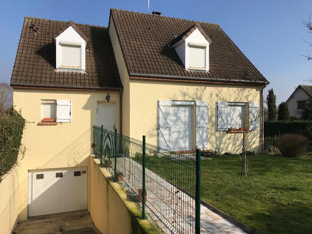 Maison Houdan 4 pièce(s) 138 m2