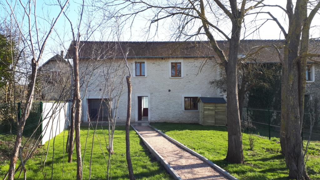 ST LUBIN DE LA HAYE - Maison F3 avec terrasse