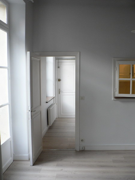 Appartement  F2 HOUDAN